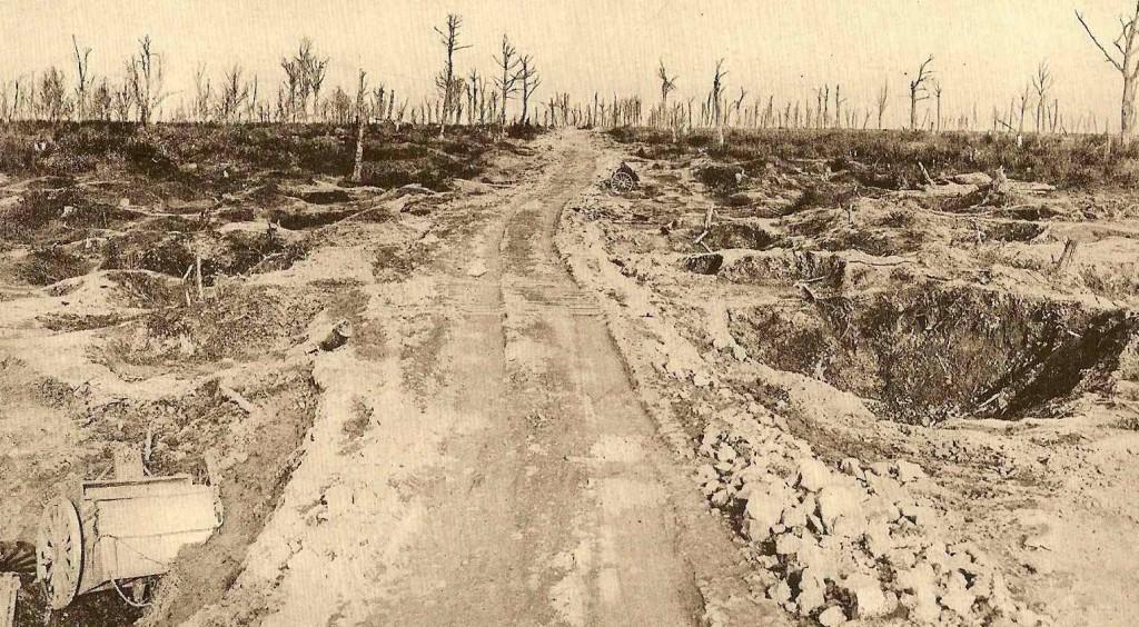 Route entre Avocourt et Malancourt.